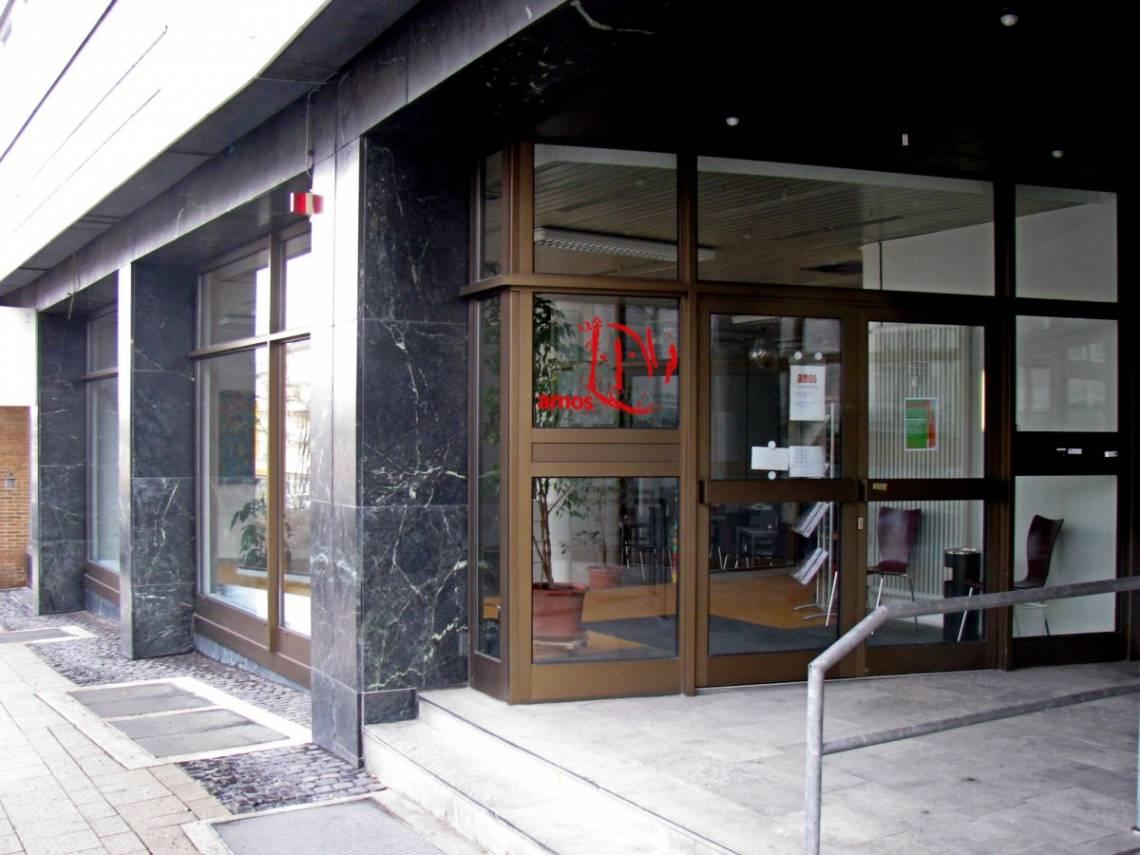 Außenaufnahme Gebäude Amos