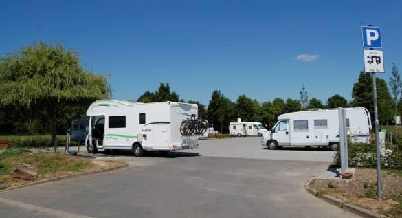 Für die Gäste ist alles vorbereitet: Der neue Wohnmobilstellplatz direkt gegenüber des Kasseler Campingplatzes