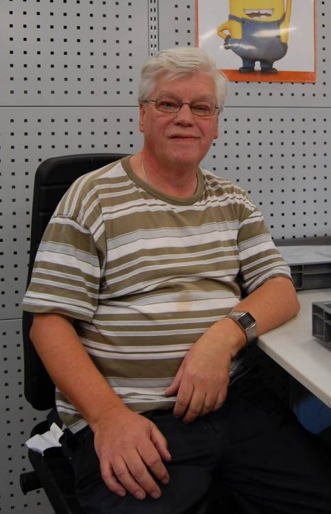 Rolf-Bodo Anacker arbeitet von Beginn an in den Hofgeismarer Werkstätten.